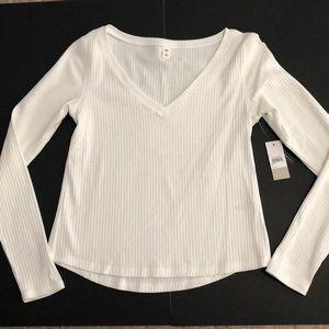 🆕BP white long sleeve top